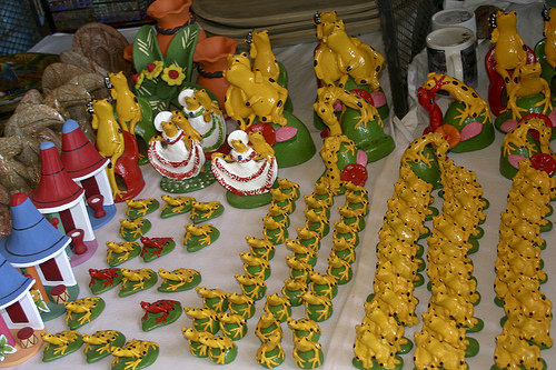 Panamanian Golden Frogs in the market at El Valle